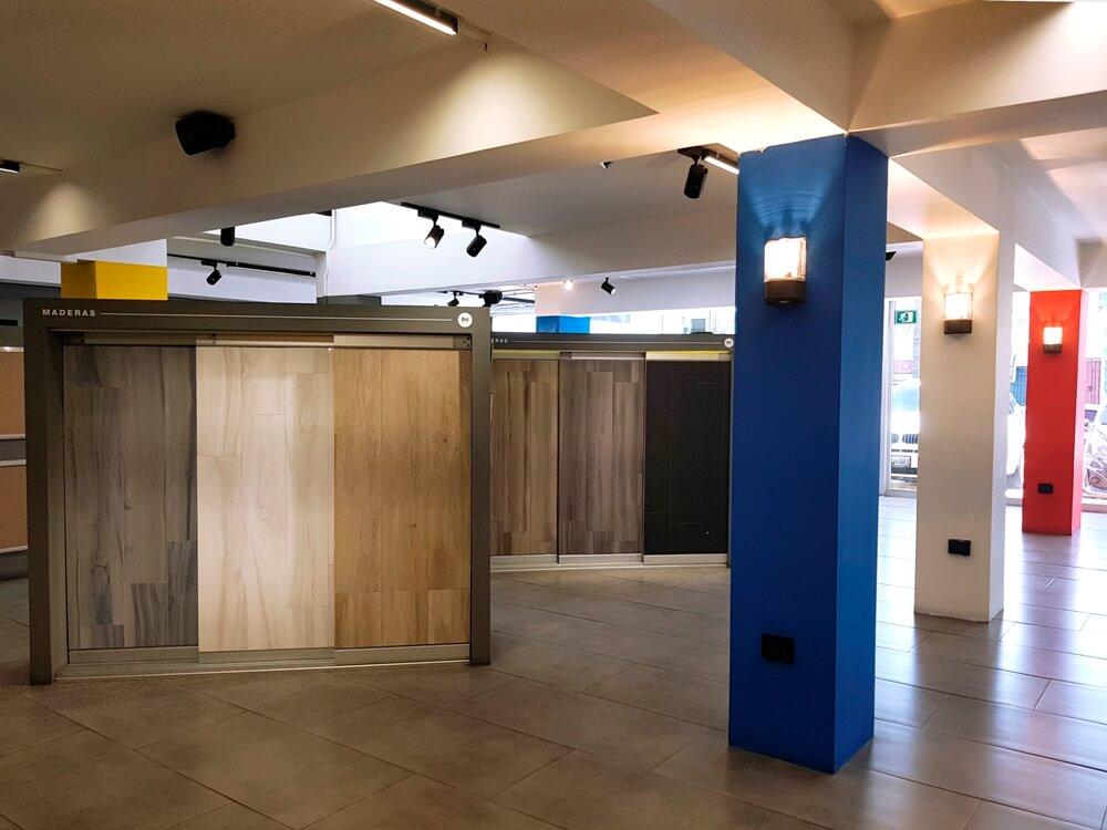 Retail Design: Diseño de Espacio Comercial Boulevard Design. Marcela Seggiaro